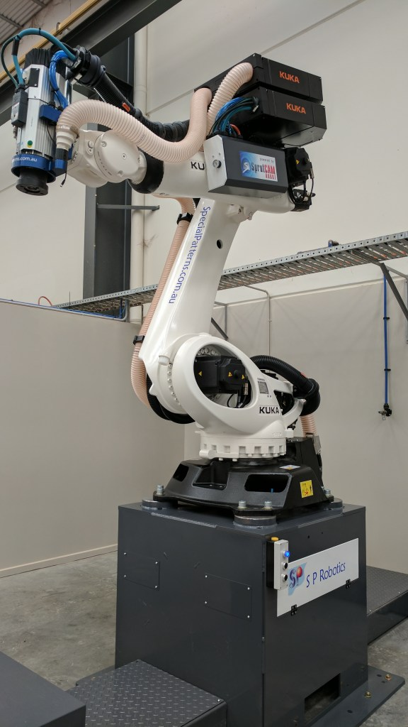milling robot with extraction