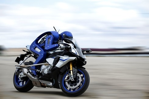 Yamaha's motorbike-riding robot steps up a gear