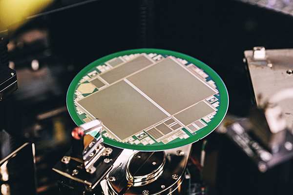 New 3D image sensor for smartphone face recognition from Infineon