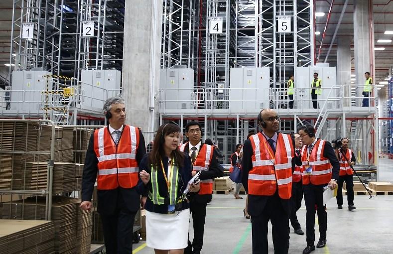 dhl singapore, robotics, automation