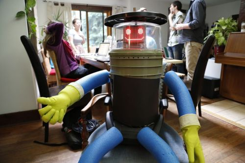 theverge robot