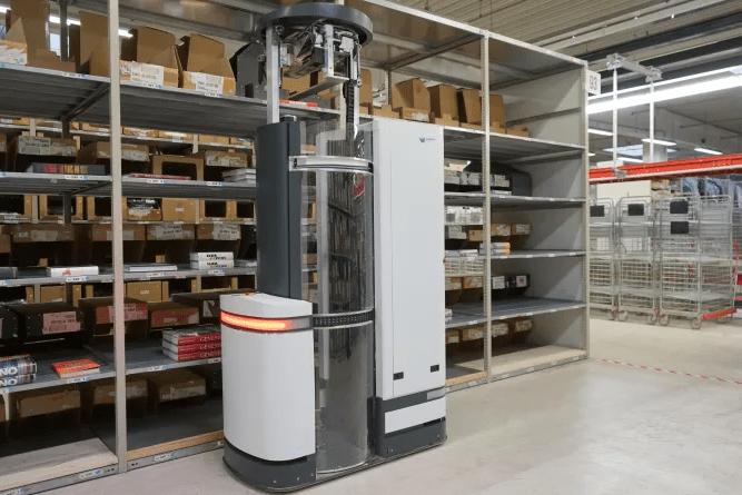 Fiege buys logistics robots from startup company Magazino