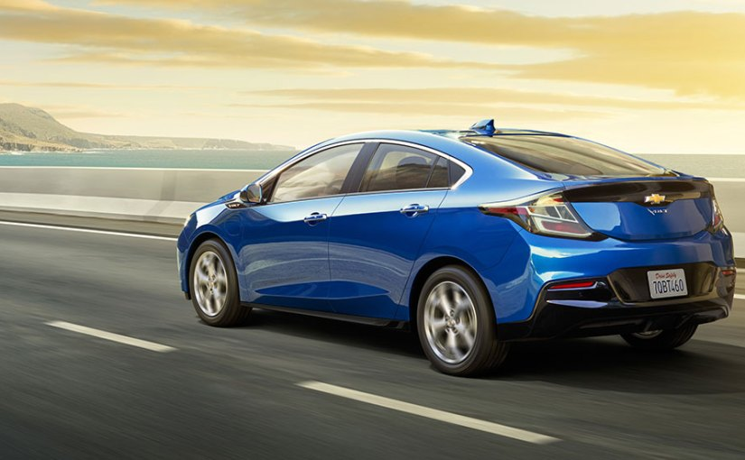 2017-chevrolet-volt-electric-car