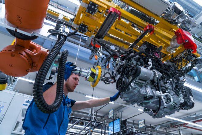 bmw worker robot car engine