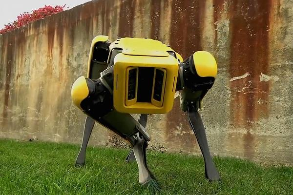Boston Dynamics terrifies the internet again with robots that can open doors like the dinosaurs did in Jurassic Park