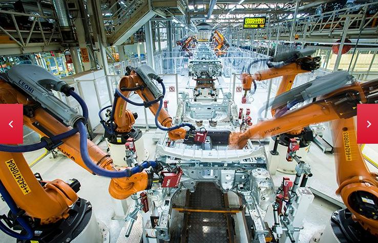 The daily dance of 2,000 robots at Seat's Martorell facility