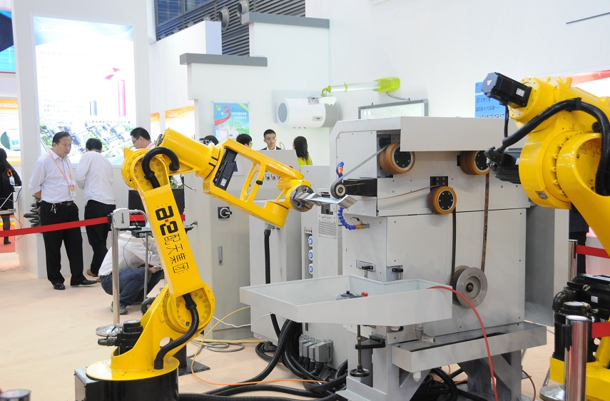 Record sales of industrial robots in China reported