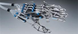 Festos robothand kraftförstärker och ger känsel på distans
