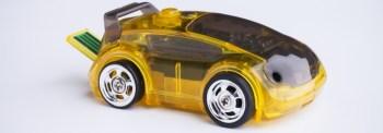 CarBot – minimal robotleksaksbil som styrs med mobilen
