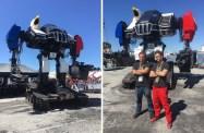 MegaBots visade upp sin färdigbyggda jätterobot Mk.III