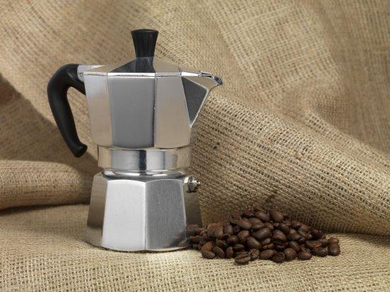 Préparation du café avec le percolateur
