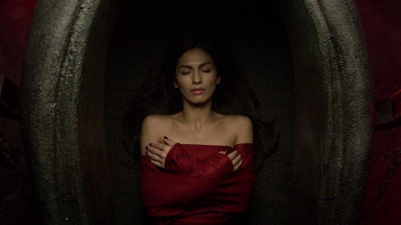 The Hand revive a Elektra