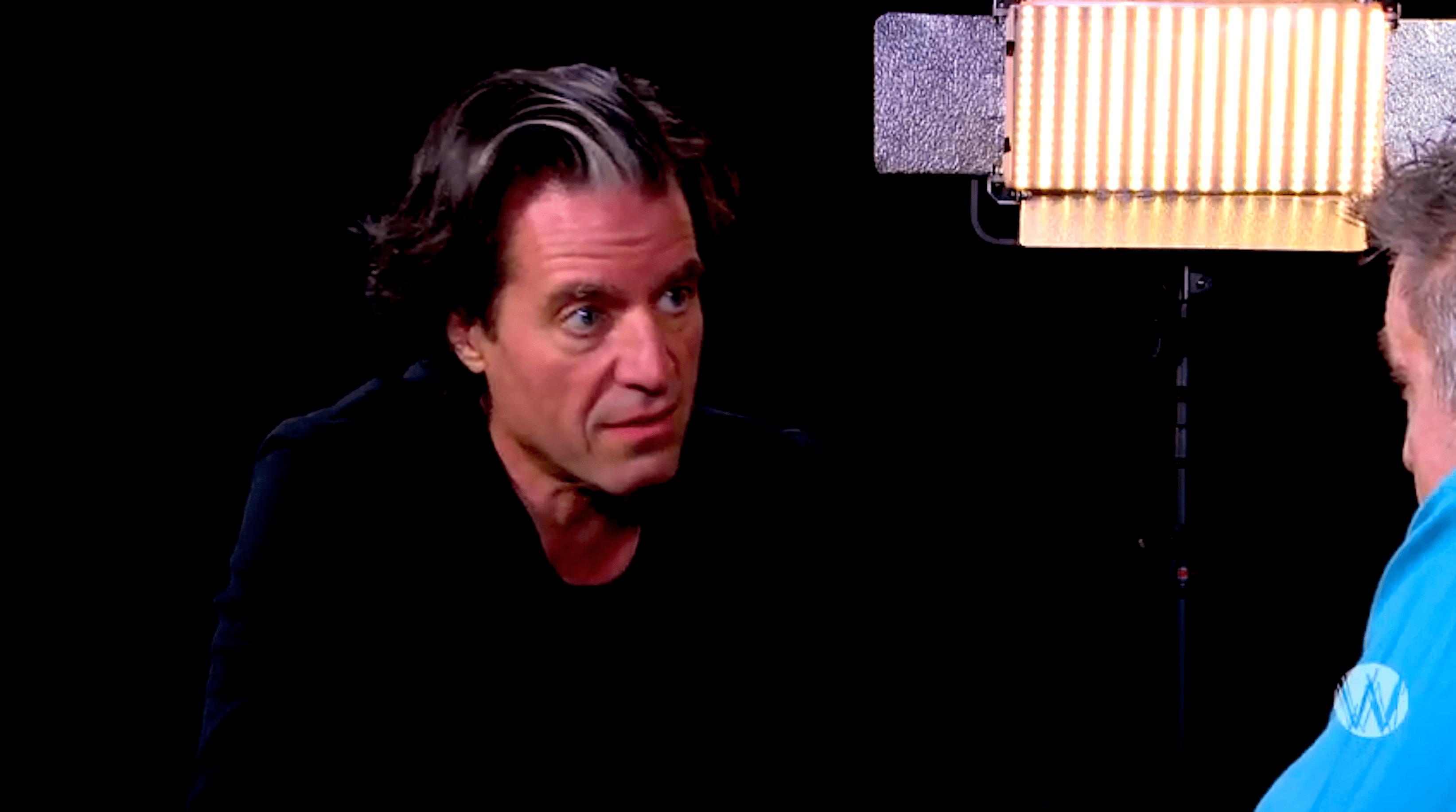 Ralph Keuning bij Café Weltschmerz