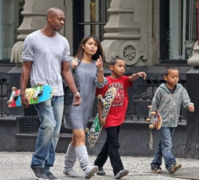 The real family of Dave Chapelle before they were killed and cloned