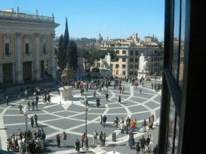 Het plein op het Capitool te Rome in de zestiende eeuw ingericht naar ontwerp van Michelangelo (foto Behoud Blauwe Golven Arnhem)