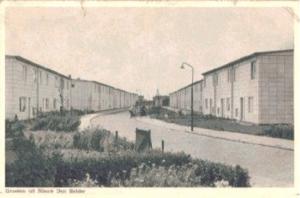 """De nieuwbouwwijk, vanwege de gebruikte witte gevelbekleding in de volksmond """"Jerusalem"""" genoemd (foto HVSG)"""