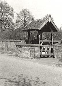 De Willibrordput bij het Witte Kerkje van Heiloo (foto Wikimedia)