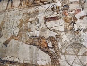 Ramses II in zijn strijdwagen (3)