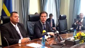 """Mark Rutte & Ivar Asjes in Curaçao, """"Onafhankelijkheid is binnen 1 telefoontje geregeld!"""""""
