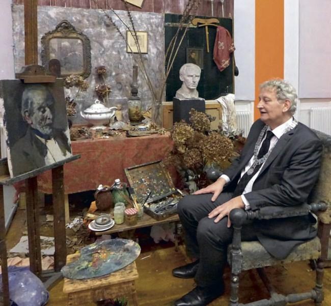 Eberhard in het atelier van Verwey in 2014