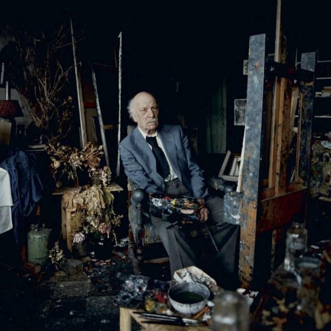 Kees Verwey in zijn atelier