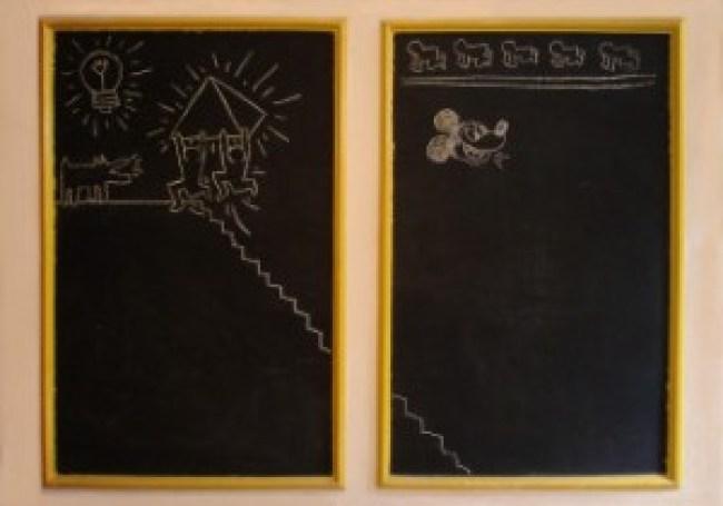 Blackboard drawings by Keith Haring in Sarah-Mezjdah Lens's childhood bedroom, 115 × 70 cm, 1982 (destroyed, foto Bob Lens)