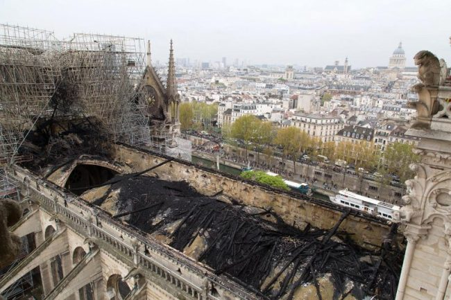 Roof of Notre Dame after fire (foto Jim Stone)