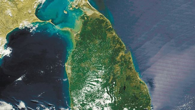 A satellite image of where the Ram Setu is believed to be located – in the shallow straits between India and Sri Lanka where the Sethusamudram shipping canal project is being proposed.(HT File photo)