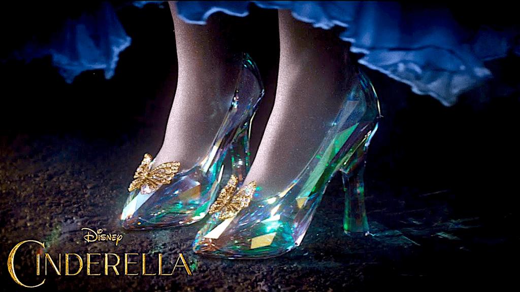 Cinderella Glass Slipper (2015, foto YouTube)