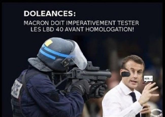 Macron Doleances (foto Fripou)