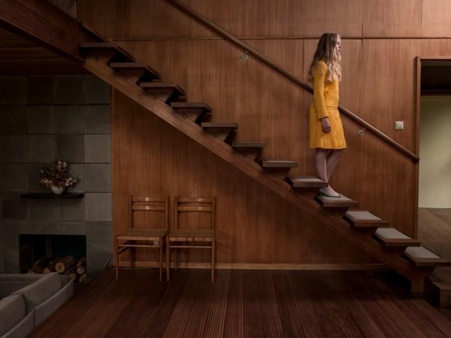 Annabel Oosteweeghel - Julia, uit de serie Insomnia, foto, 45 X 60 cm