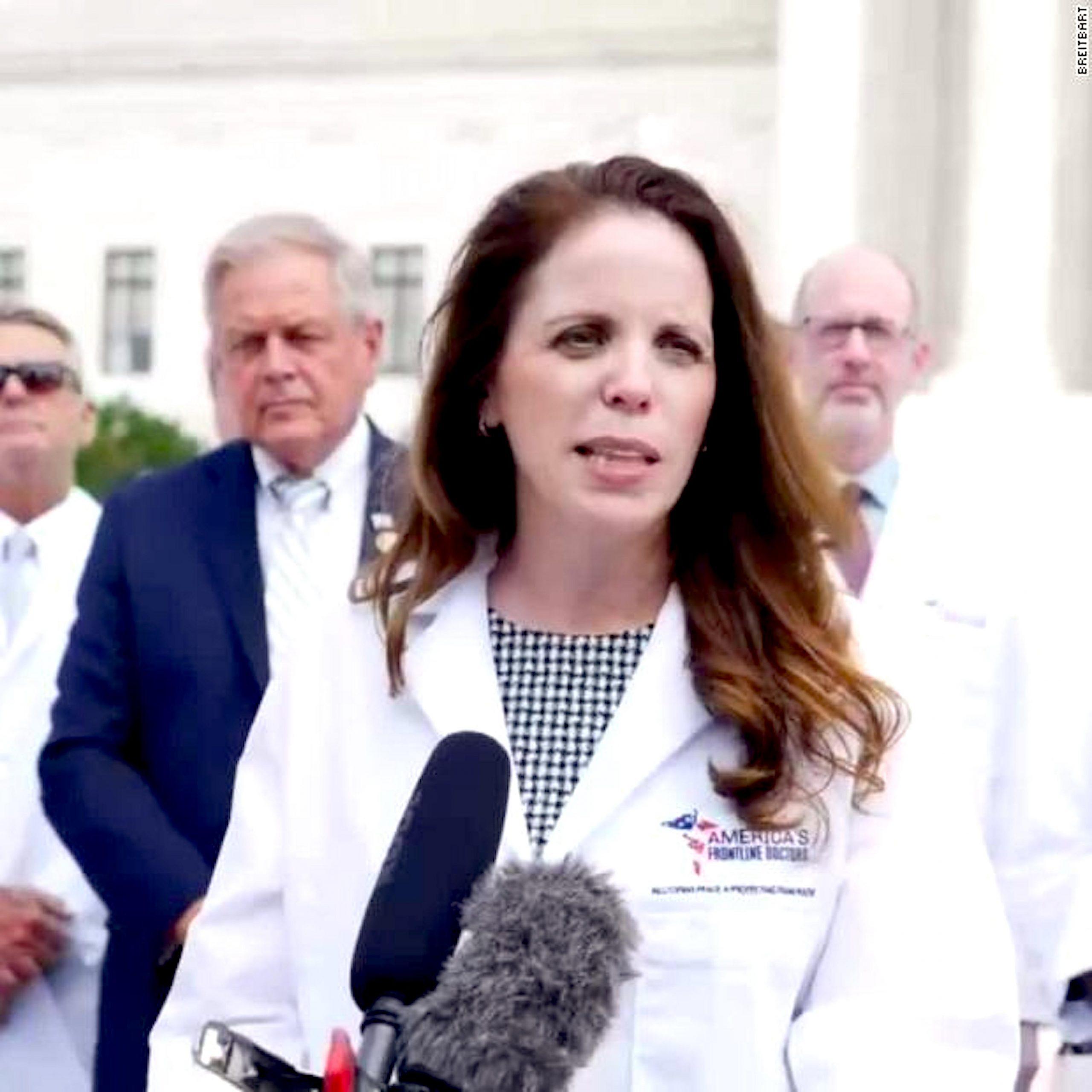 Dr Simone Gold (foto CNN)