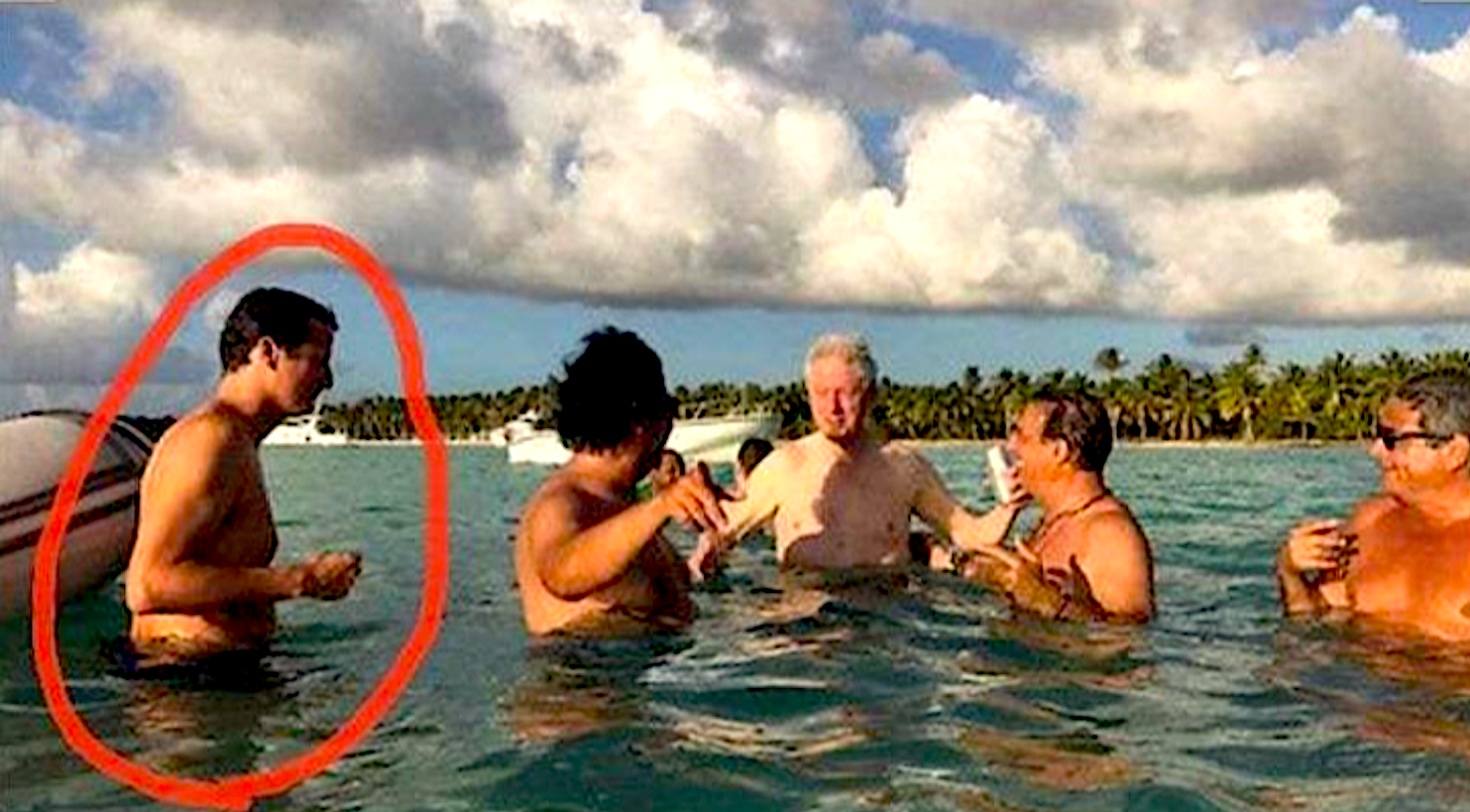 On Epstein Island with Bill Clinton and other (foto Before It's News)