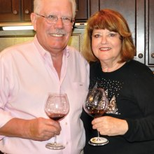"""Duke and Sue Halsted hosted """"Vinamare"""" at their home."""