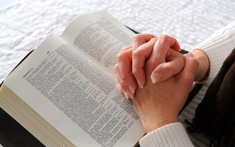 O mundo conhece a Bíblia pelo exemplo que deve ser a sua vida