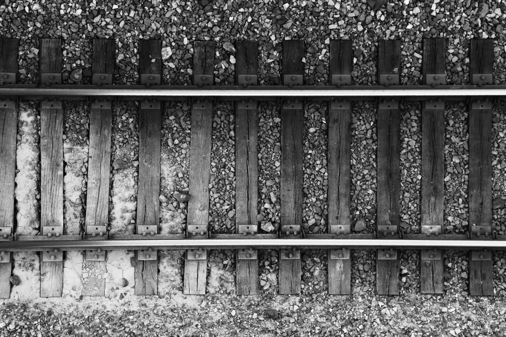 tracks-bw-small