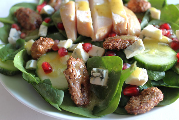 Spinach-Salad-with-chicken-and-gorgonzola-cheese2