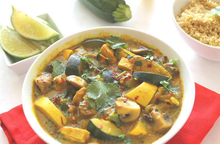 coconut-chicken-curry-with-zucchini-and-quinoa2