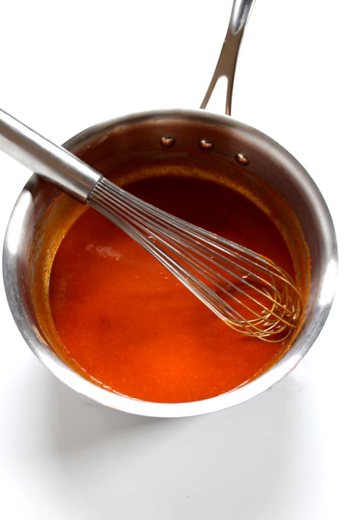 Homemade Buffalo Sauce. Too easy not to make yourself. #vegan #glutenfree