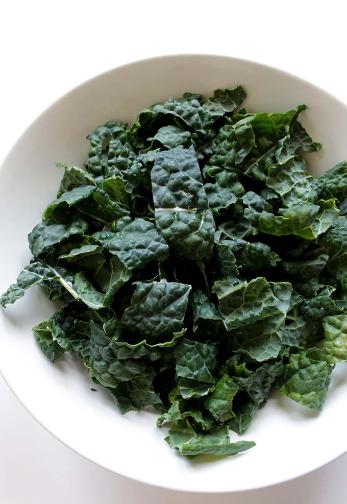 Kale Thai Salad with Peanut Dressing