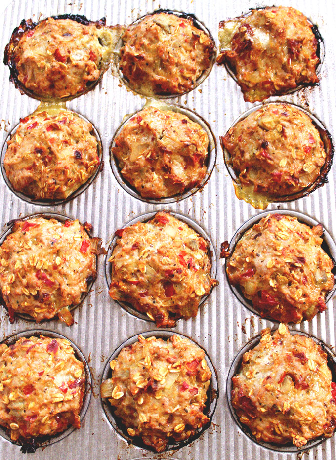 Italian Turkey Meatloaf Muffins. The perfect serving size. #glutenfree