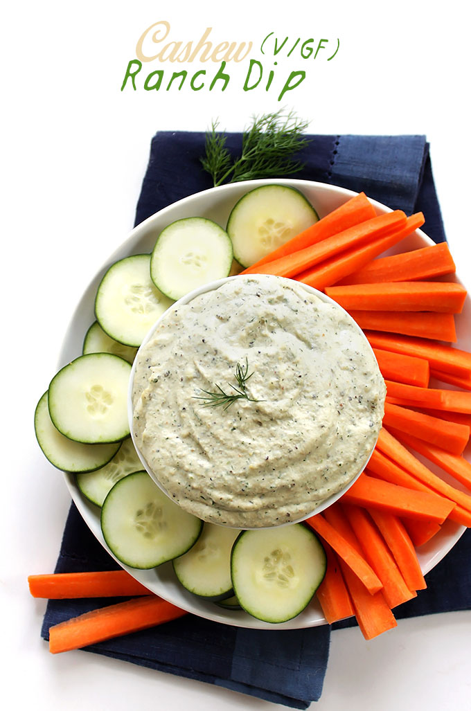 Cashew Ranch Dip. So easy to make. tastes just like the store-bought stuff. #vegan #glutenfree