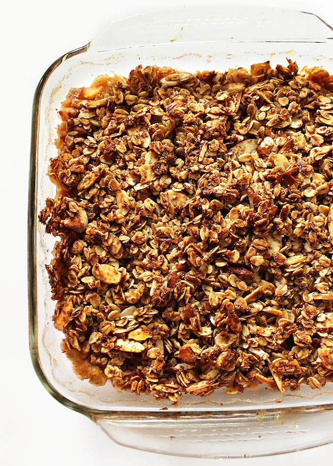 Rhubarb Peach Crisp. Easy to make. Slightly tart and sweet with a super crunchy topping. #vegan #glutenfree