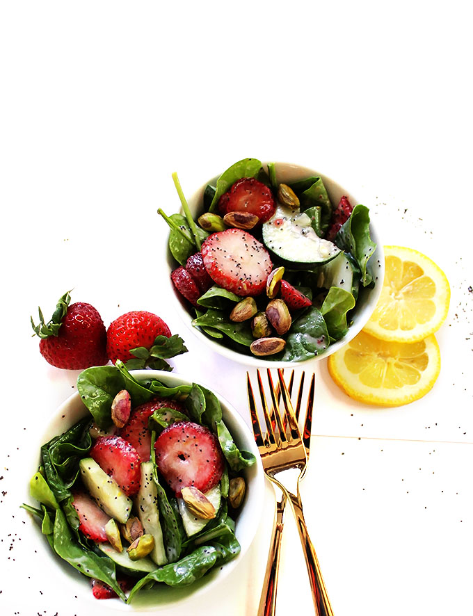Strawberry Cucumber Salad with Creamy Lemon Poppy Seed Dressing. Delicious. Easy. Refreshing. The perfect side salad. #vegetarian #salad | robustrecipes.com