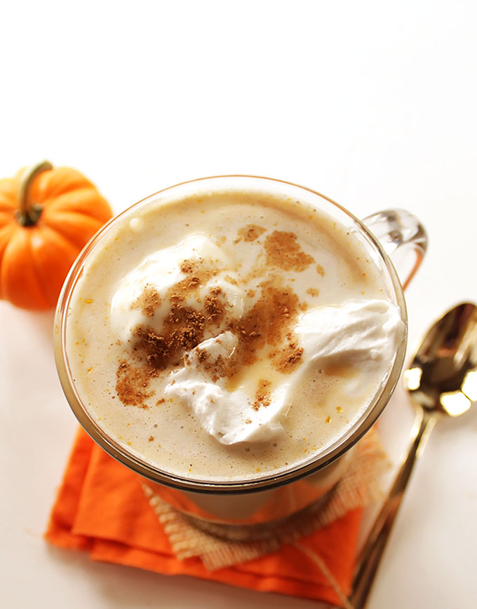 Coconut Pumpkin Spice Latte! So easy to make. And it tastes better than one from a coffee shop! #vegan #pumpkin | robustrecipes.com