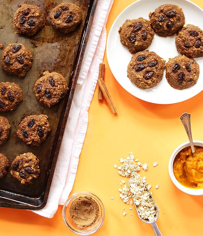 Pumpkin Oatmeal Raisin Cookies. So soft, tender, chewy, and delicious! #glutenfree #pumpkin  | robustrecipes.com