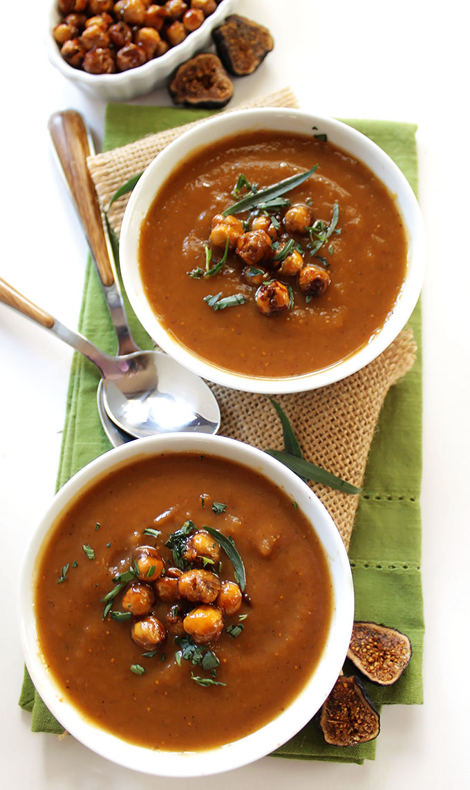 Roasted Sweet Potato Fig Soup with Crispy Chickpeas. Sweet, rich, creamy, delicious! #glutenfree | robustrecipes.com