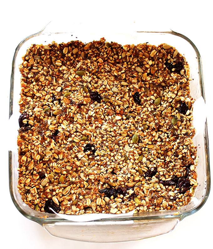 Seedy Buckwheat Granola Bars. Easy to make. Healthy and tasty!