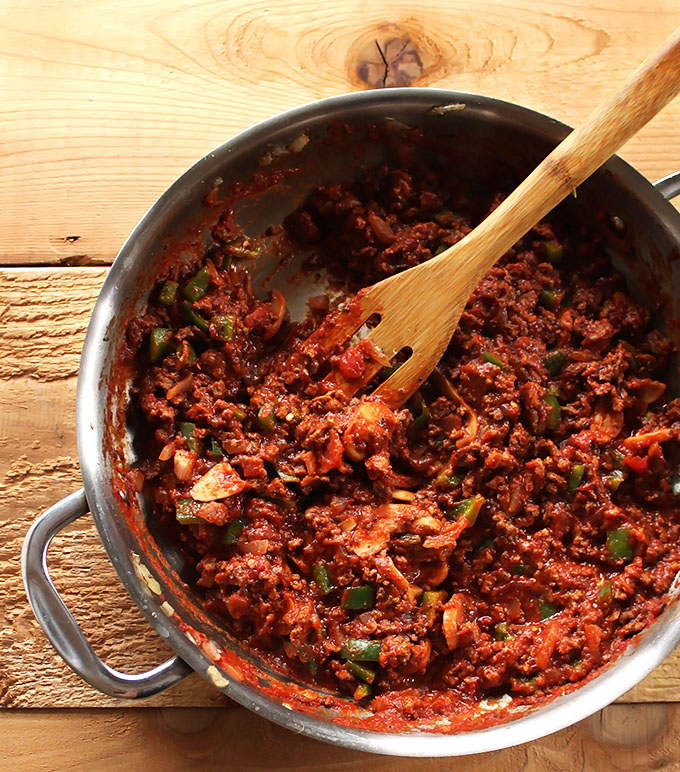 Spaghetti Squashe with Meat sauce. A simple, delicious, easy low-carb meal! #glutenfree #lowcarb