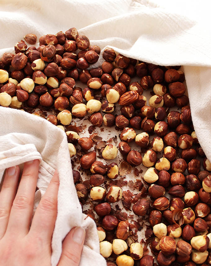 Homemade Nutella - Roasted hazelnuts and melted chocolate. Such an easy recipe to make! Delicious and decadent!